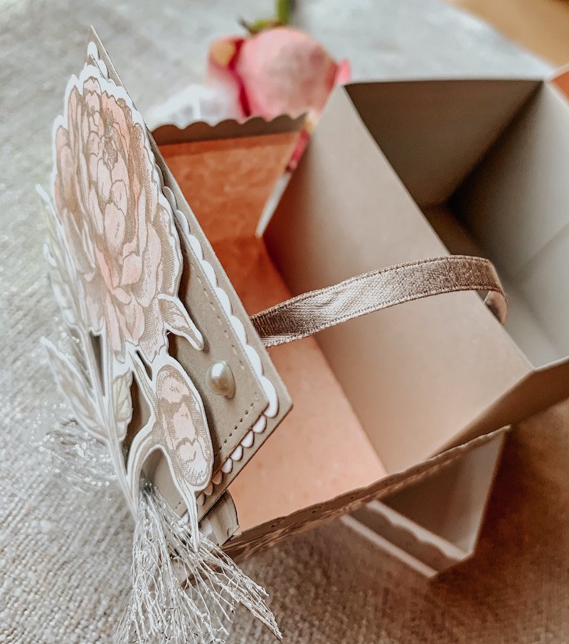 Flip Flap Box